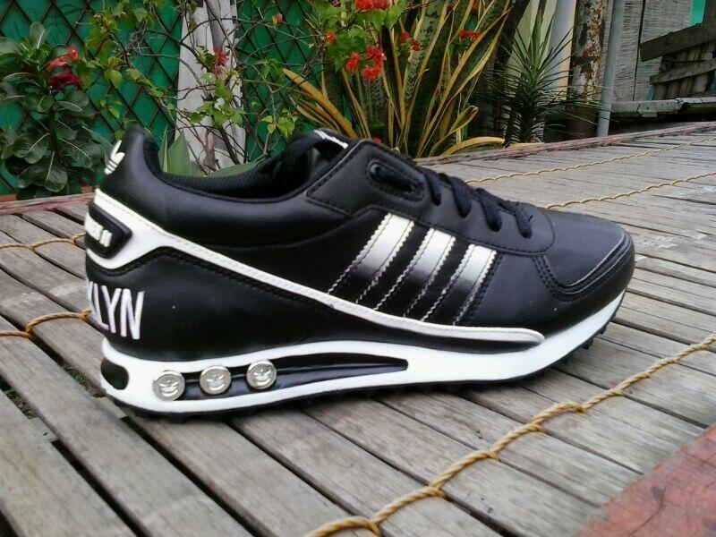 Adidas La Trainer Ii