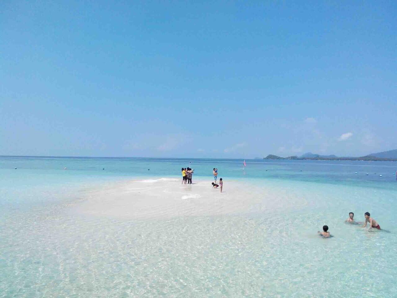 Pantai Pasir Timbul