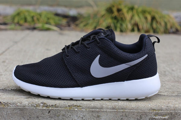 Prix Nike Roshe Run Dorigine