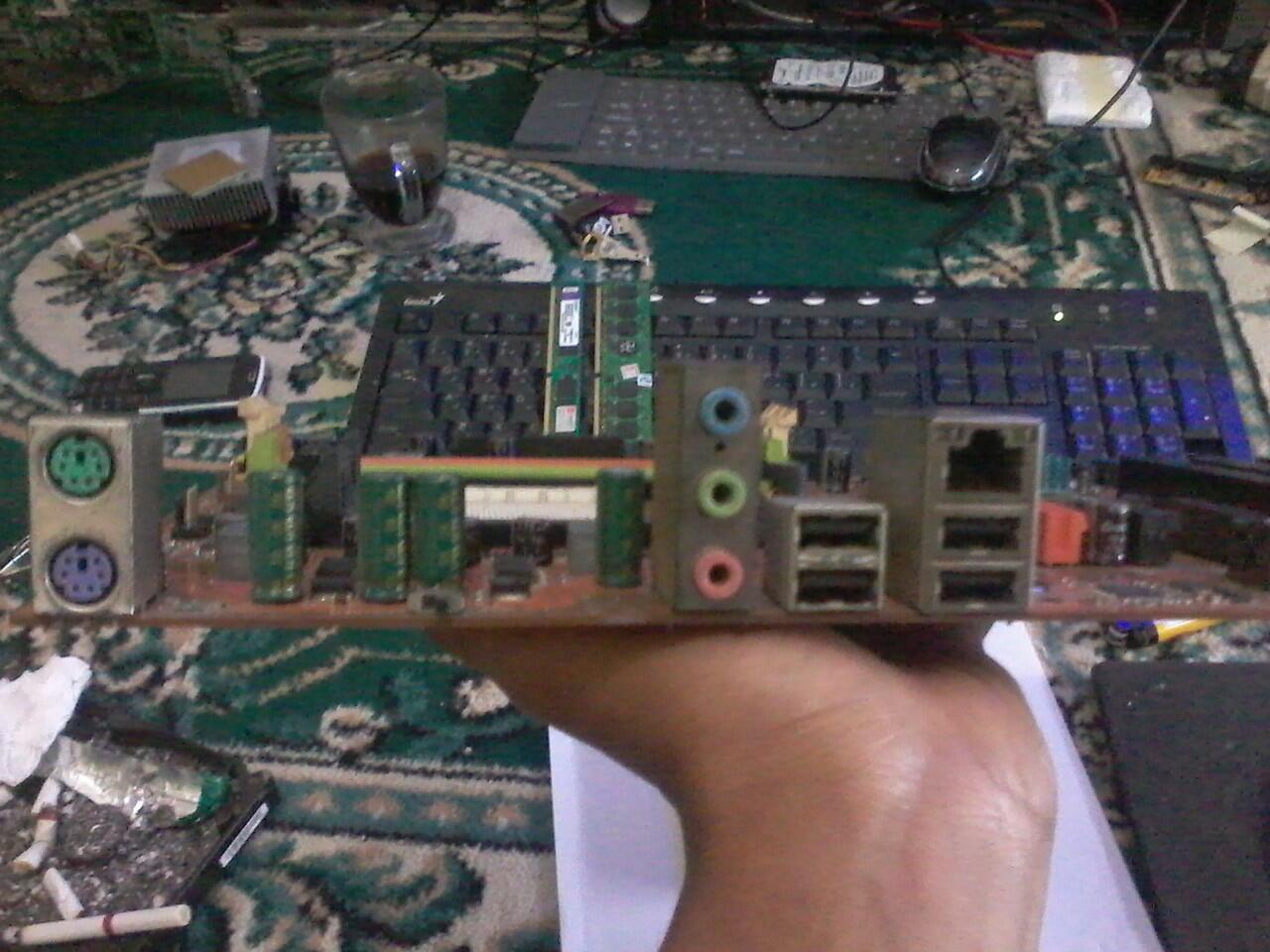 Abit an52v motherboard