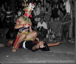 Indonesian Striptease sexy dancers  XVIDEOSCOM