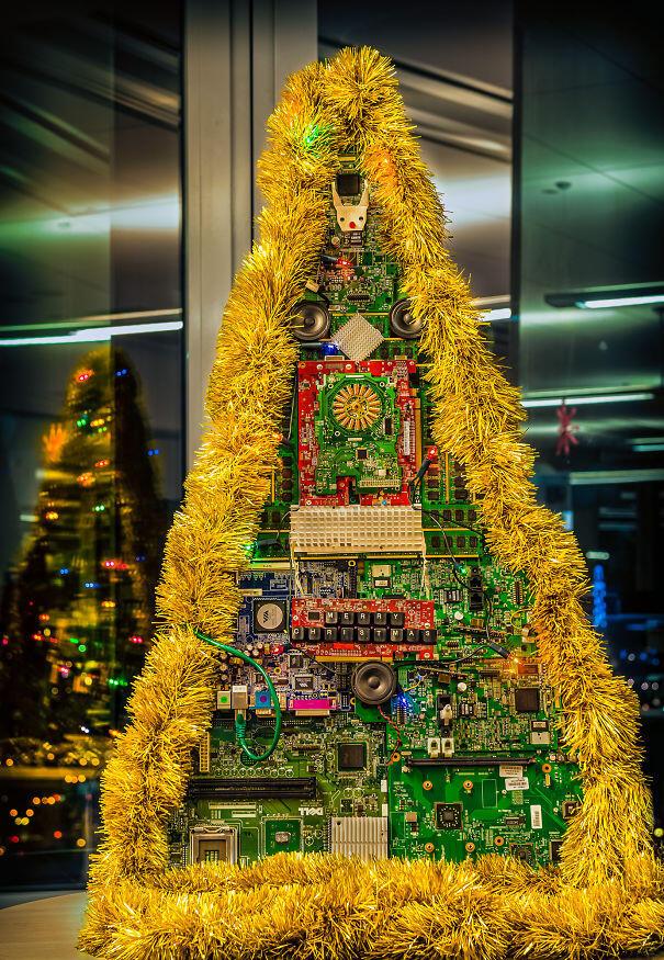 Dekorasi pohon natal yang unik dan kreatif untuk perayaan