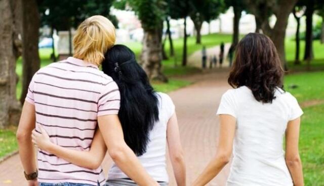 Hubungan Cinta yang Berpotensi Kandas di Tengah Jalan
