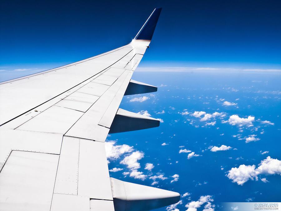 5 Alasan kenapa pesawat terbang warnanya putih