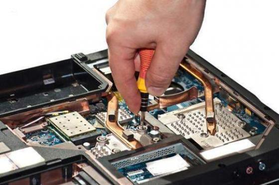 7 Kebiasaan Sepele yang Membuat Laptop Agan Cepat Rusak