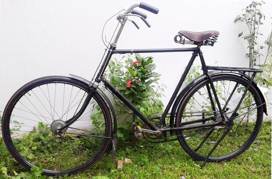 Image Sepeda Ontel Antik Gazelle Lokasi Jakarta Dengan Harga Murah ...