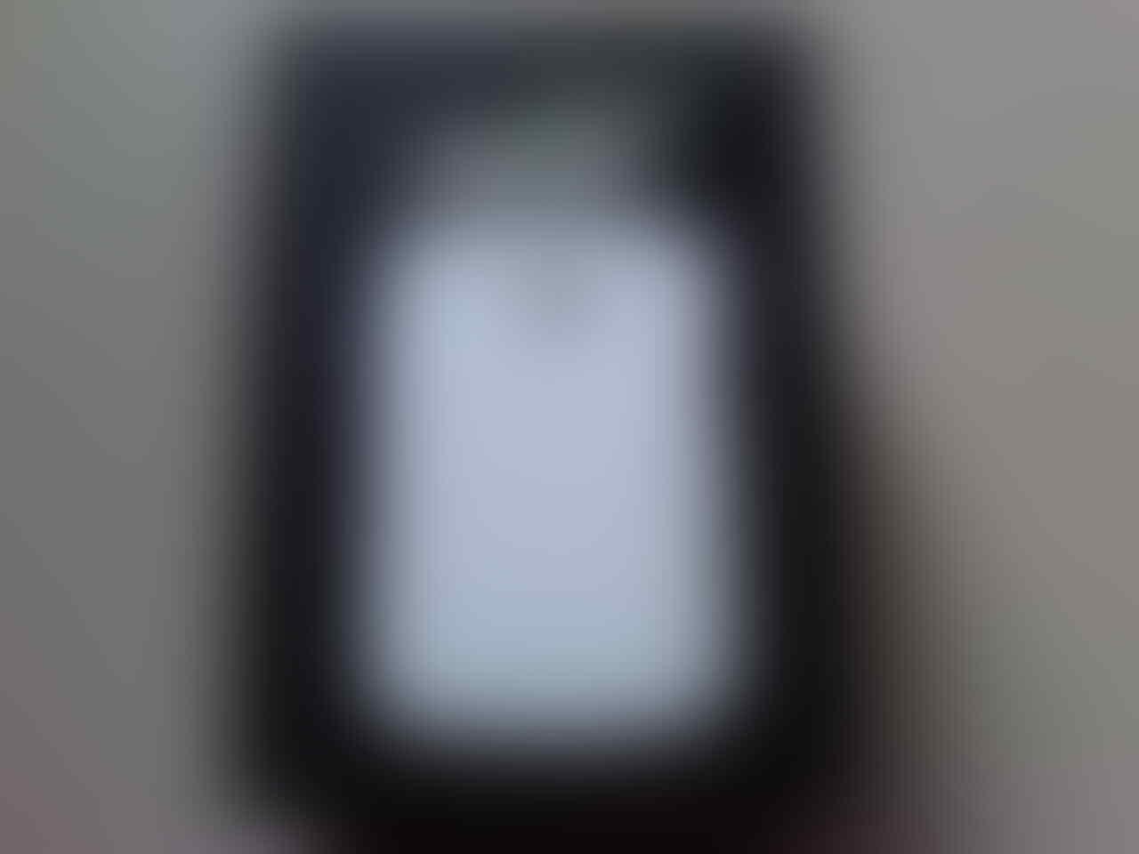 DIJUAL BLACKBERRY CURVE 9360 WHITE (Masih garansi TAM)