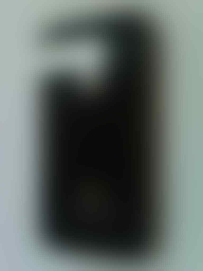 Jual Iphone 4 32 GB Black 99% FU GSM Mulus Komplit