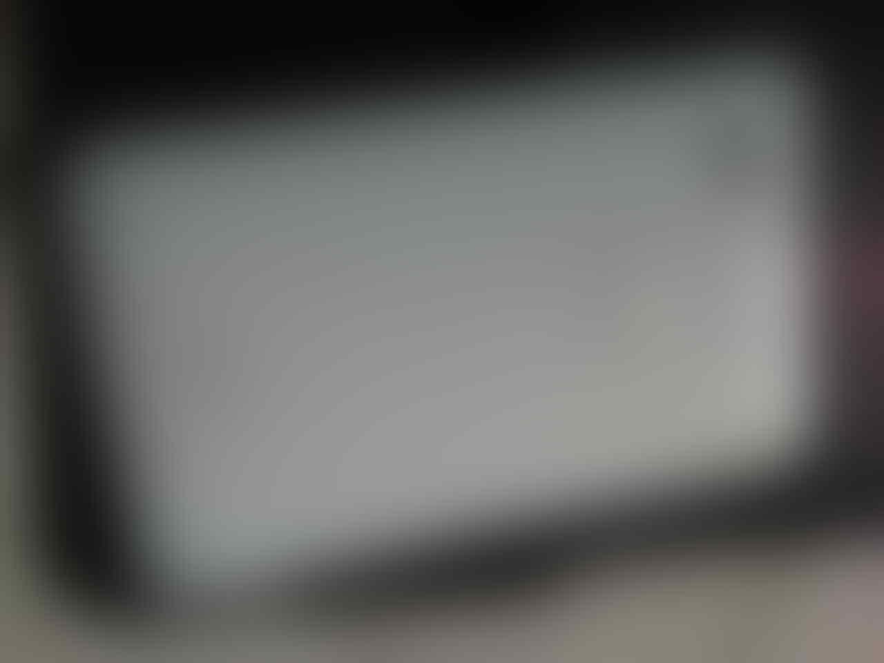 Samsung Galaxy Tab 7 plus white ! Jual Cepat 4jt nego