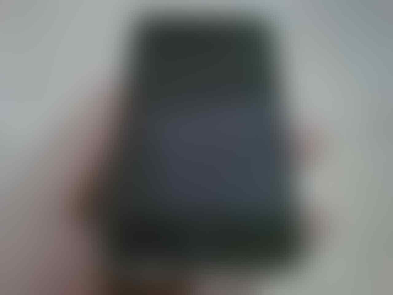 iPod Touch 2nd Gen 8GB Mulus Surabaya !