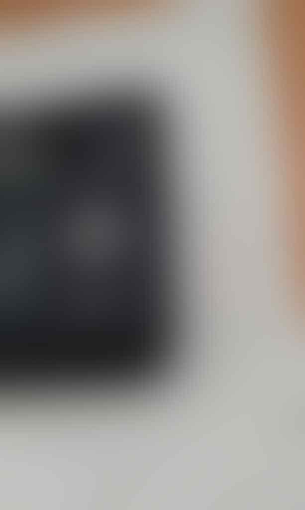 Smartphone android HTC Evo Shift 4G CDMA fullset minus earphone