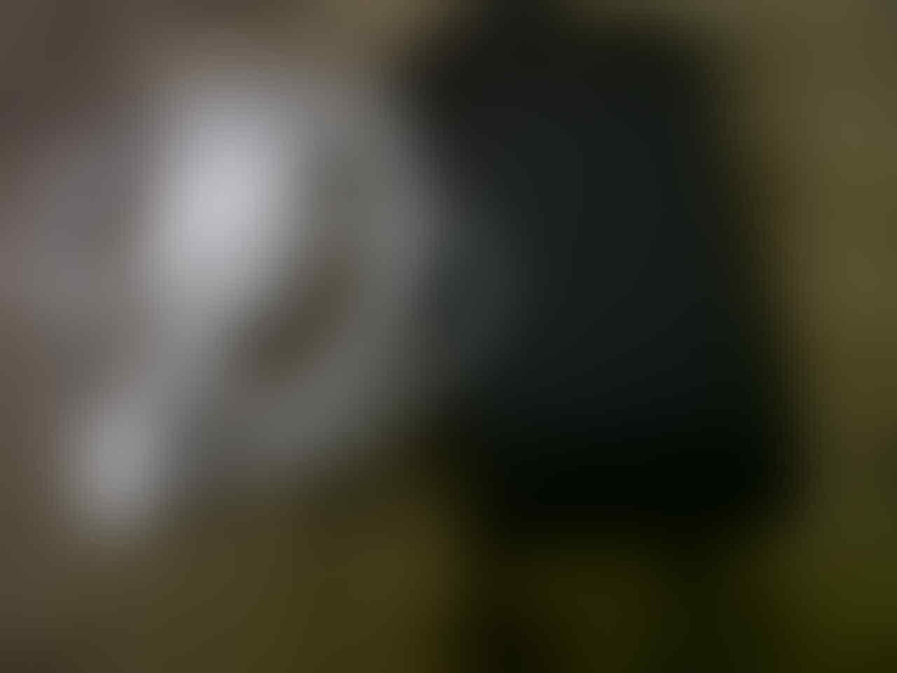 jual ipod touch 4th 32gb dan samsung champ 3303i