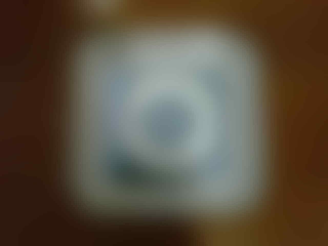 BNIB IPOD SHUFFLE 2GB