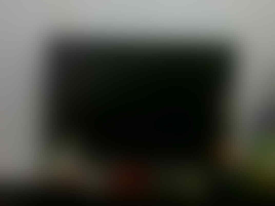 JUAL B.U TV LED POLYTRON 24 Inch baru 3 bulan