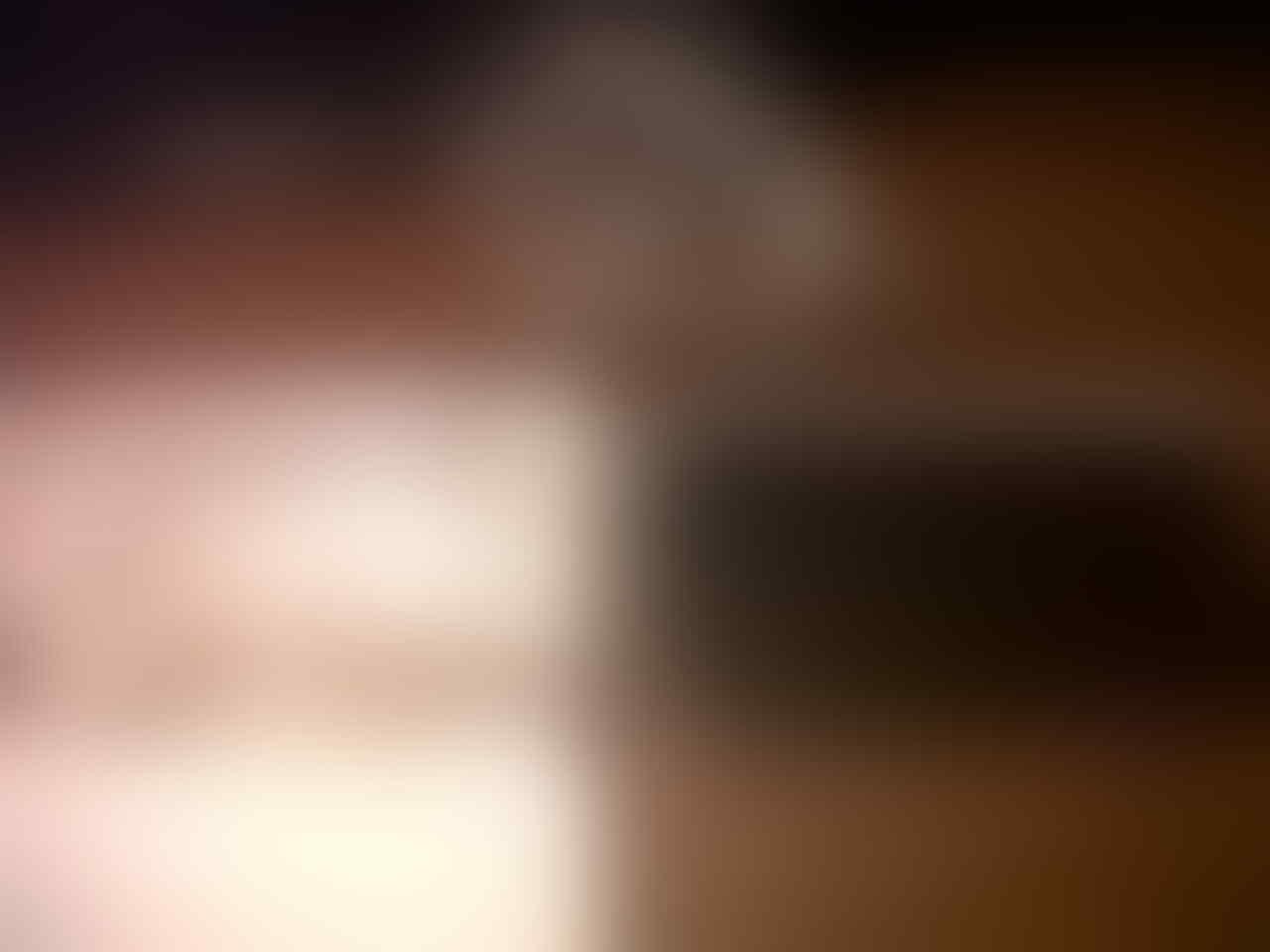 JUAALL CEPAT IPOD TOUCH 4 GENERATION 8 GB !!!!!!