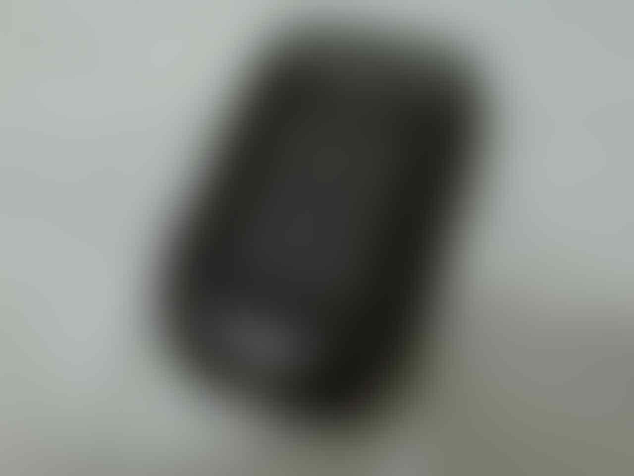 blackberry Style 9670 cdma black GRESSS