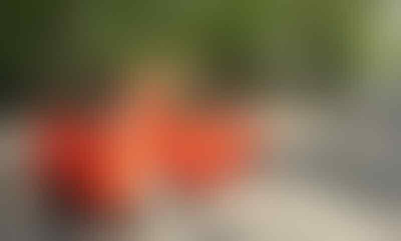 Proton Saffy 08 orange.. irit gesit.. gresik.. bukan jazz aveo spark daewoo estilo