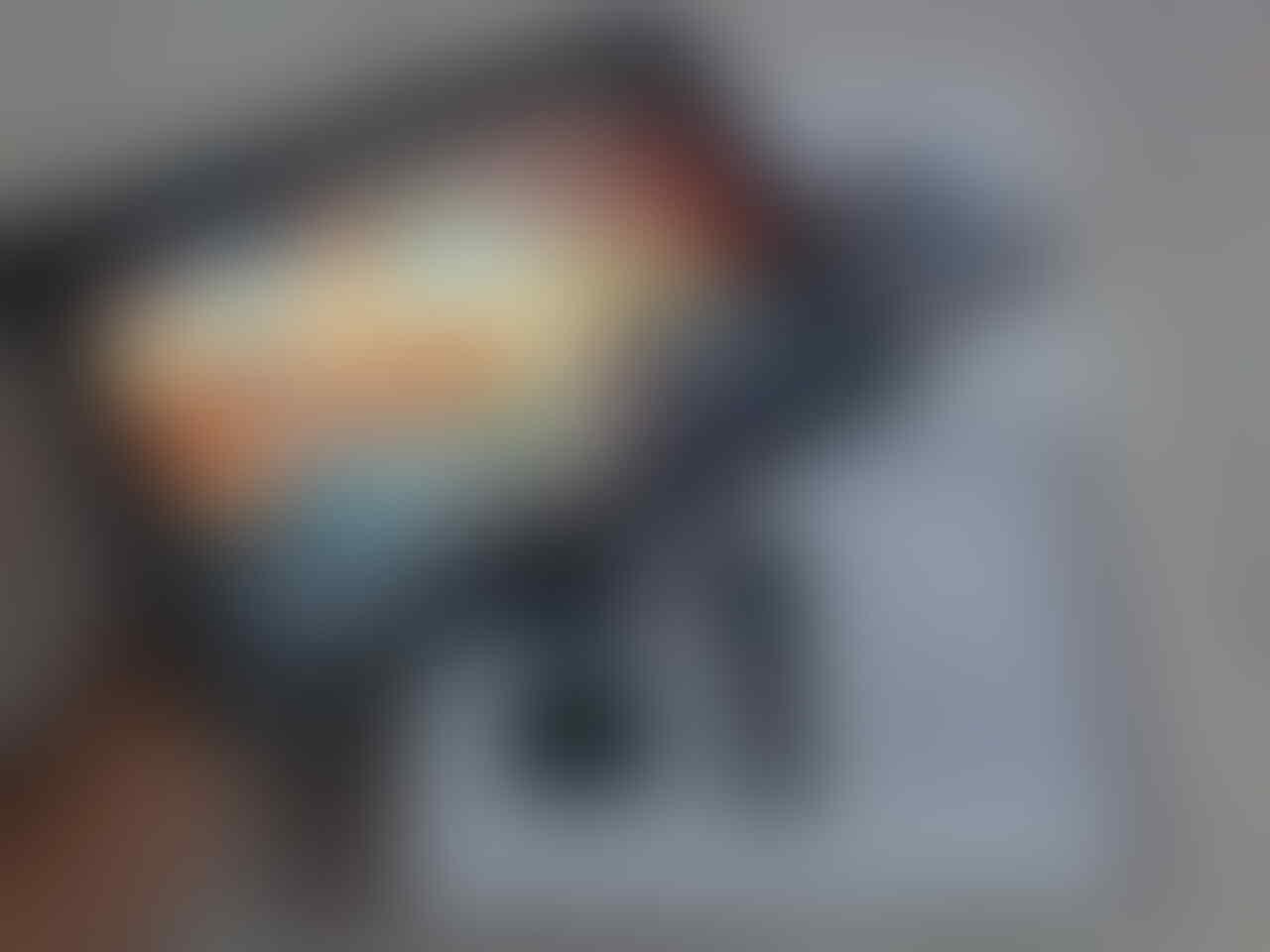 Samsung galaxy tab2 10.1 GT-P5100 garansi resmi sein, kondisi mulus LIKE NEW..