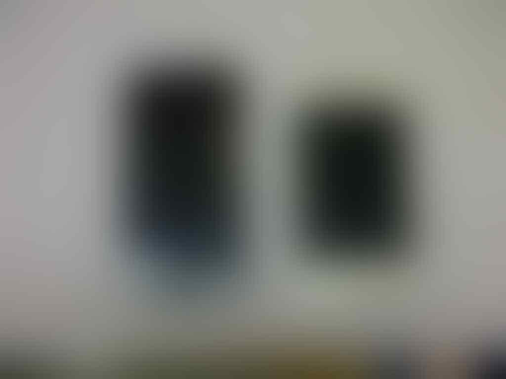 WTS Apple Iphone 4G dan 4S...murmer....