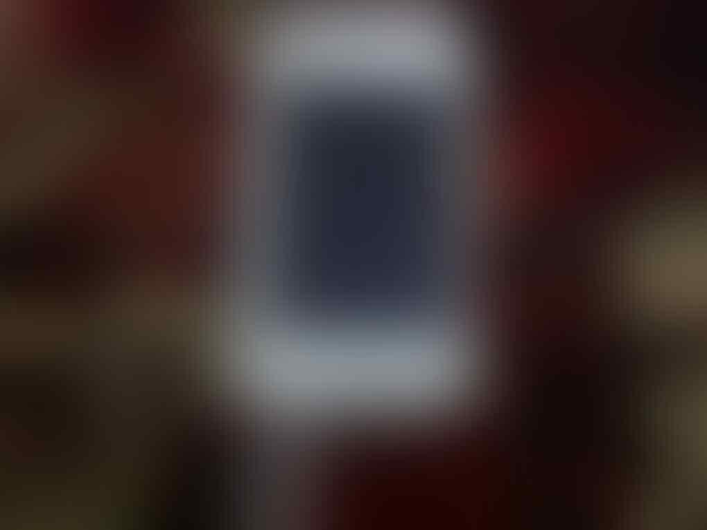 iPod Touch 4G White 8GB 2nd, belum pernah JB!