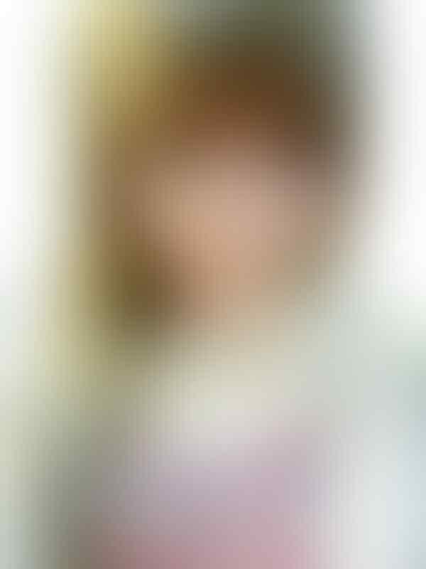 Connie Chiu: Model albino dari Cina