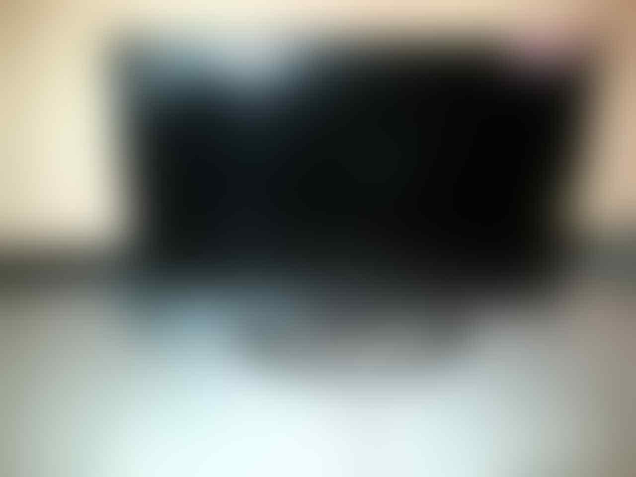 LCD POLYTRON 32INCH TIPE PLM32B21