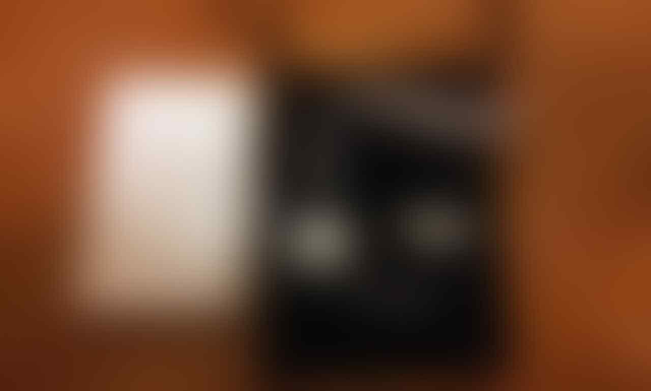 Charger Portable / Power Bank Yoobao Terlengkap Sekaskus [Kapasitas Banyak Pilihan]
