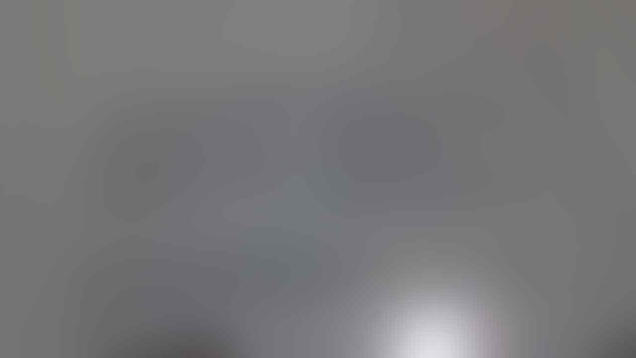 BNIB Macbook Air [MD224ZA/A]