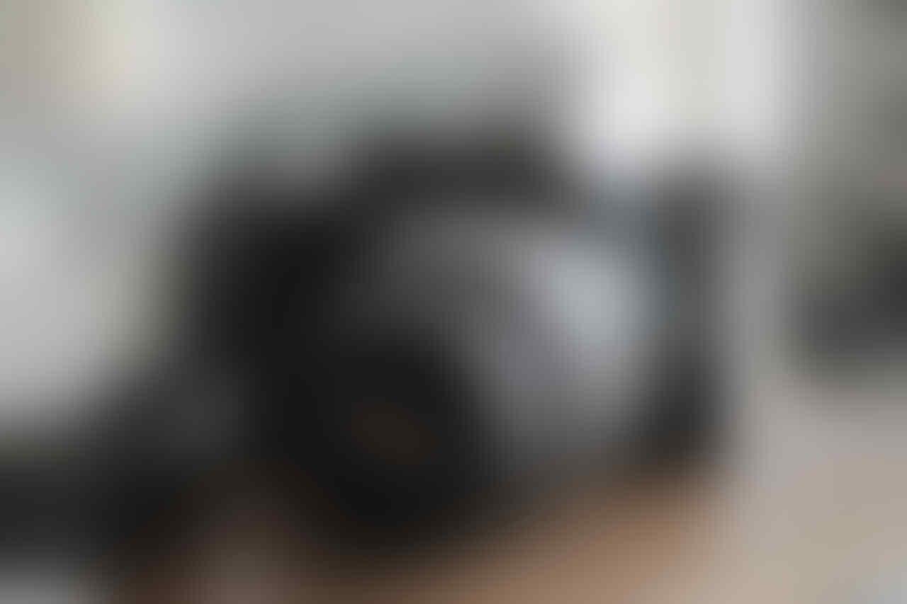 Nikon DSLR D3000 + Lensa