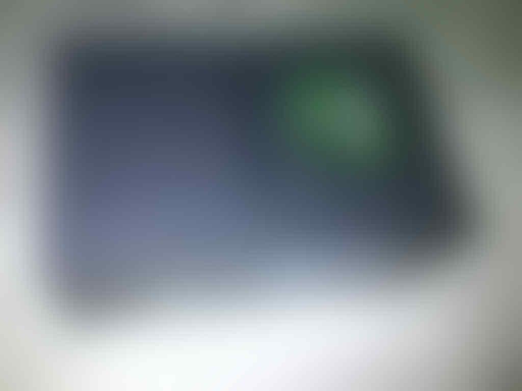 blackberry/ bb bellagio onyx 3 9790 black new BNIB TAM