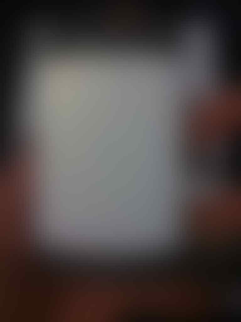 Jual Blackberry - BB 9330 - JUPITER - CDMA - BANDUNG - MULUS - MURAH - BONUS