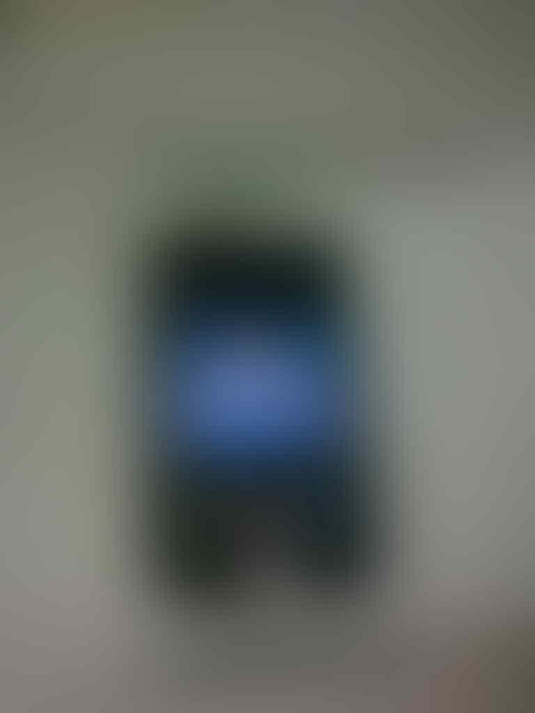 IPOD TOUCH 5 32GB, Fullset + Garansi resmi Indonesia.. Harga? Murah aja gan