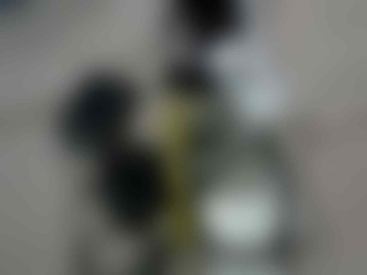 BLACKBERRY STYLE 9670 CDMA SMARTFREN PUTIH DAN SMARTFREN ANDROMAX I