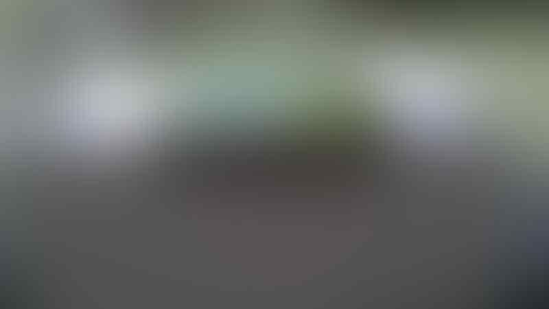 Iphone 4 GSM 16GB Black Fullset (Surabaya & Sidoarjo)