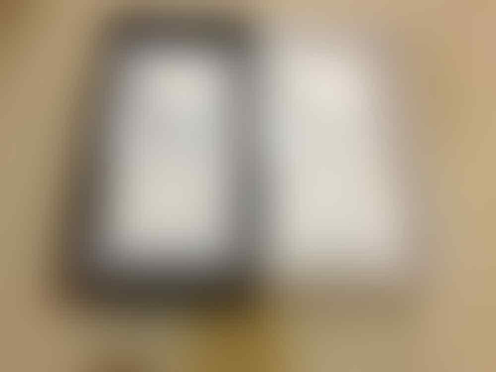 2nd iPhone 5 32GB white & iPhone 5 64GB black. SPESIAL 99,99%! iPhone 5 BANYAK BONUSS