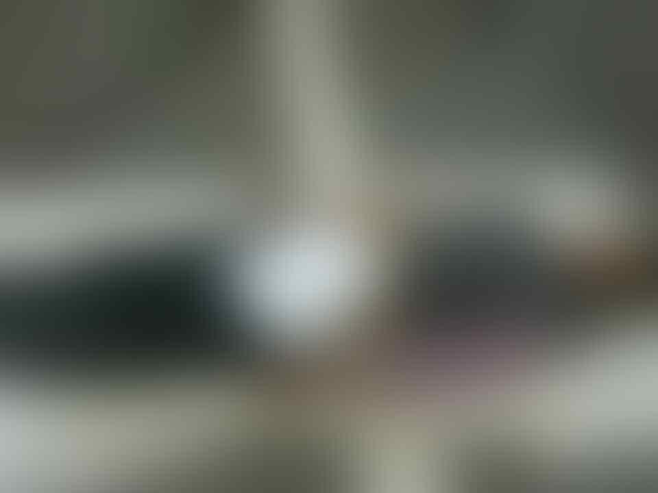 ---------- MobiLnyaH ada 3 pada Dempet2aN gituH ----------