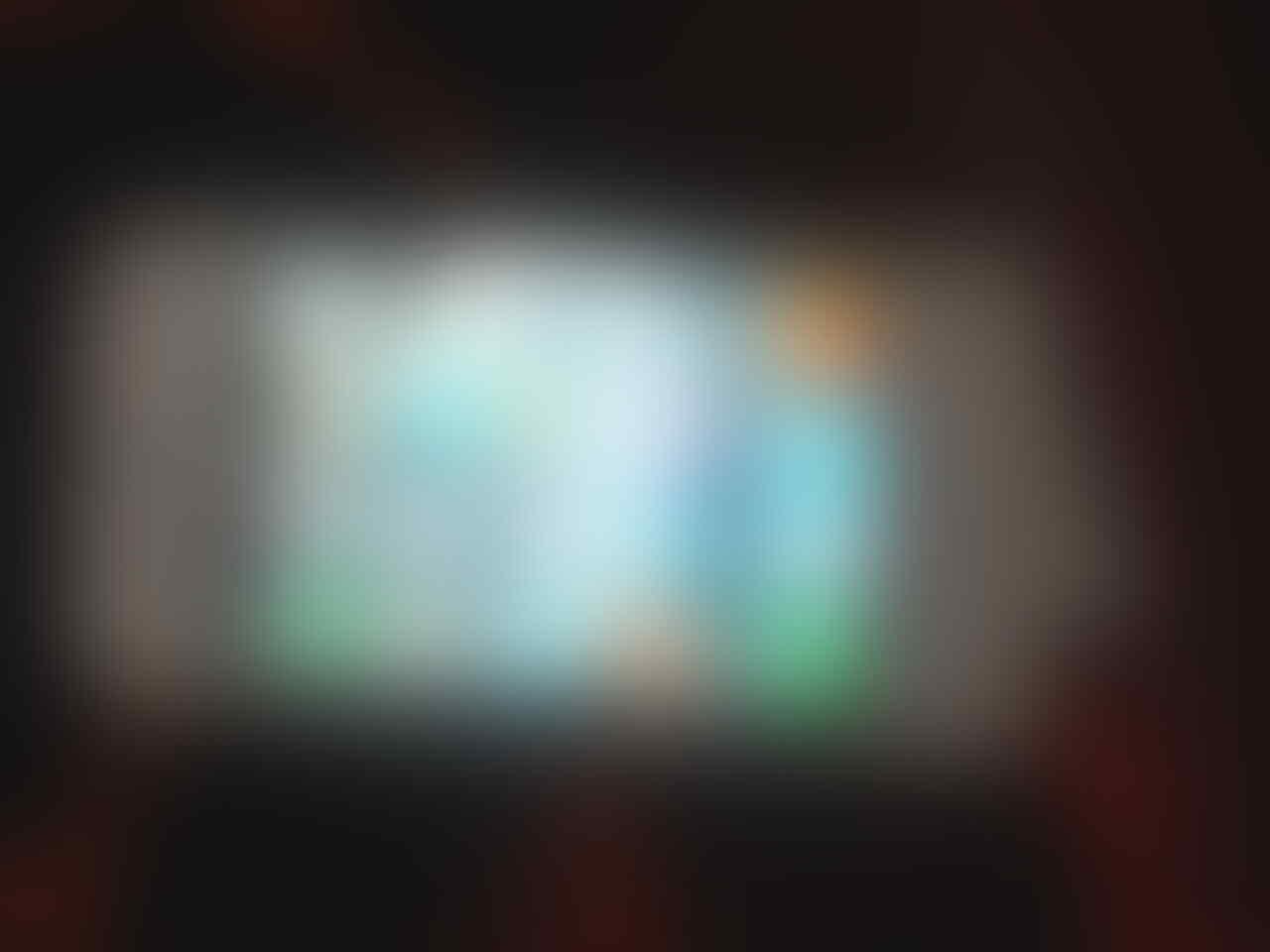 iPhone 4 white 16gb ex telkomsel 2jt aja