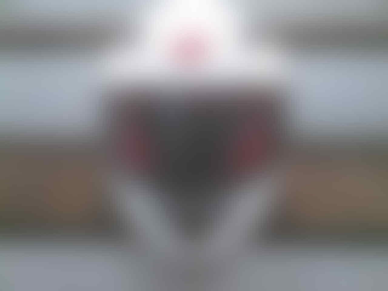 WTS : Helm yamaha Full Face & Ban Tubeless IRC 100/80-R17 Bawaan Byson