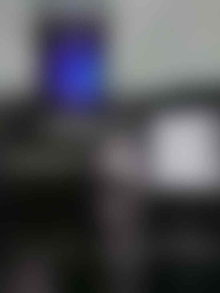 Blackberry Z10 White masih perawan Garansi Resmi 2 tahun dari Comtech