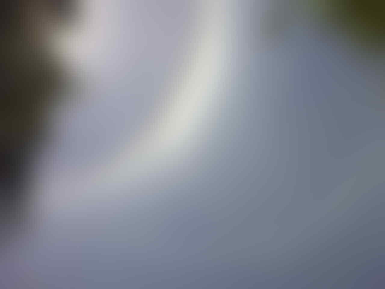 Fenomena Pelangi Mengelilingi Matahari di Surabaya (21-8-2013)