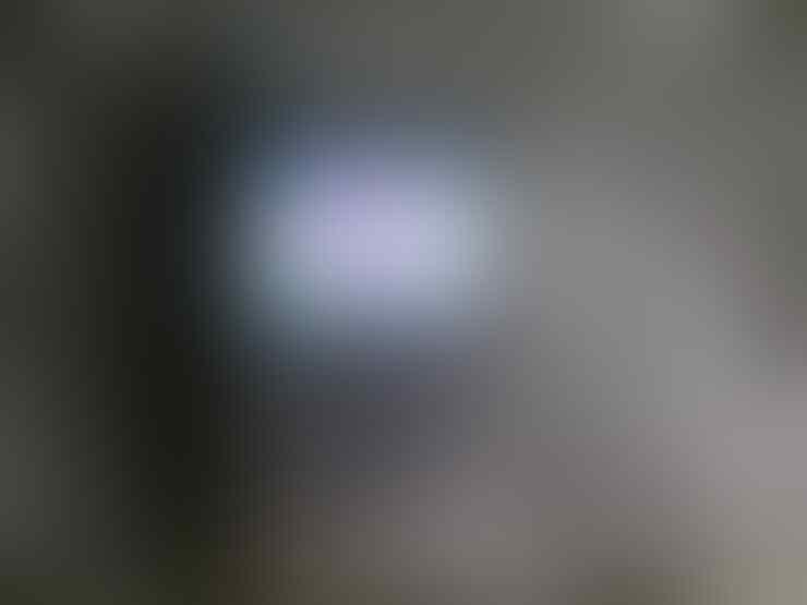 BLACKBERRY AMSTRONG 9320 BLACK FULLSHET GARANSI TAM DAN MULUS LIKE NEW