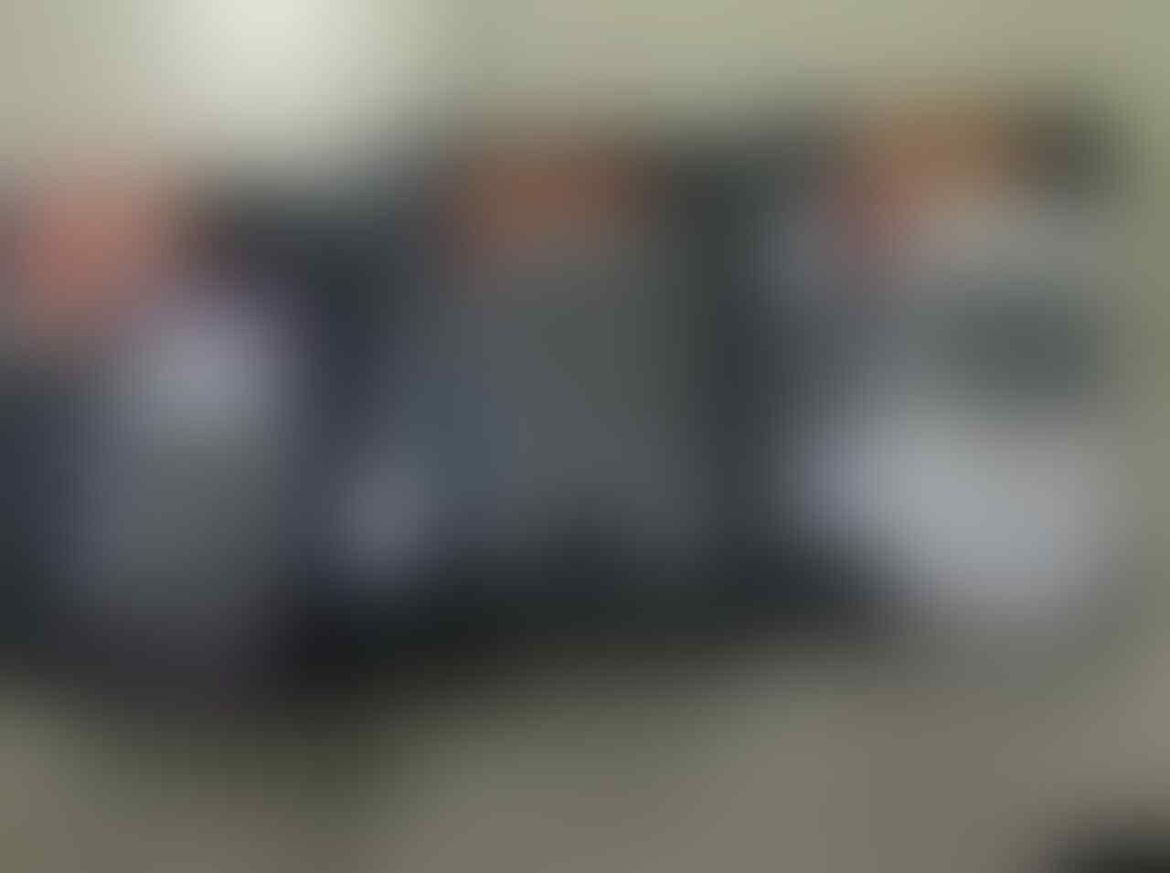 BLACKBERRY 9330 GARANSI 2TAHUN BANDUNG BONUS