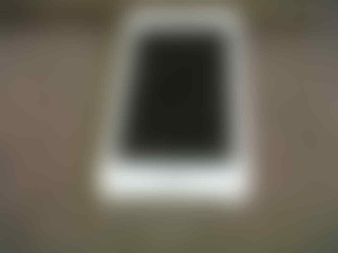 Axioo Picopad 5 GEA Warna Putih Mulus