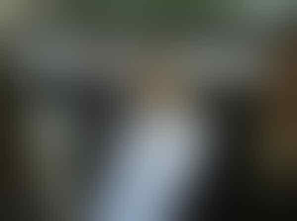 [Pic] pakaian pengantin wanita yg 80% terbuka dgn buah dada Wooww...