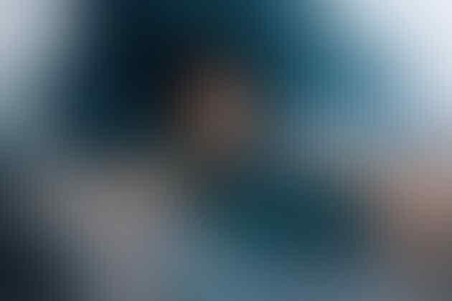 """Potret Cantik Pasien-pasien Kanker di Bawah Air """"Underwater Healer"""""""