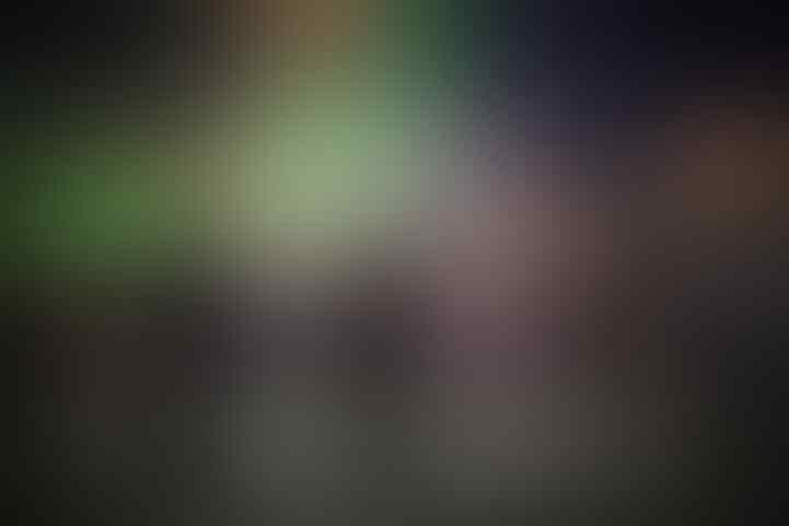 Foto-foto Selfie dengan Latar Pemandangan nyang Menakjubkan