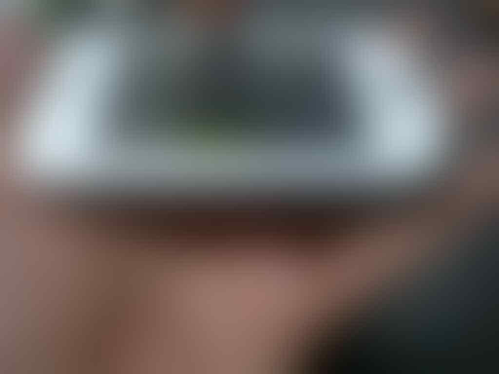 Blackberry Torch 9800 Second Mulus LKP Kondisi 90% Mulus