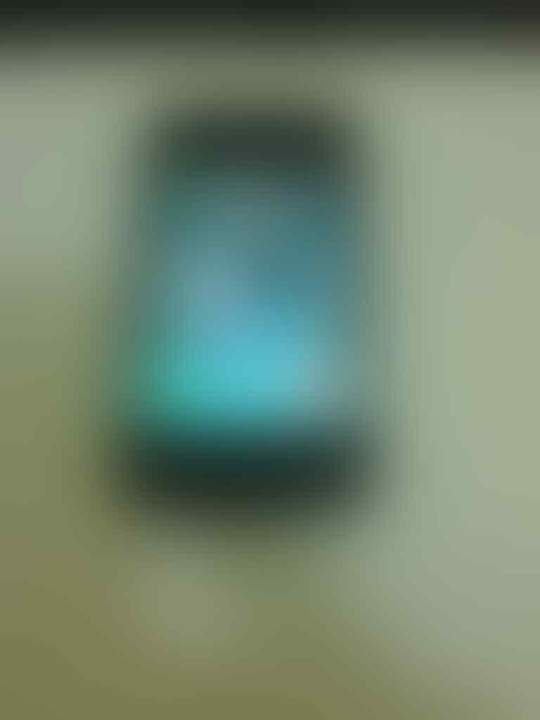iphone 4 16gb fu black fullset surabaya