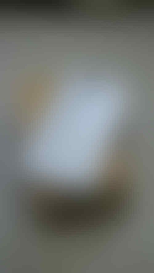 WTS : Samsung S4 GT-I9500 White SEIN Original S4
