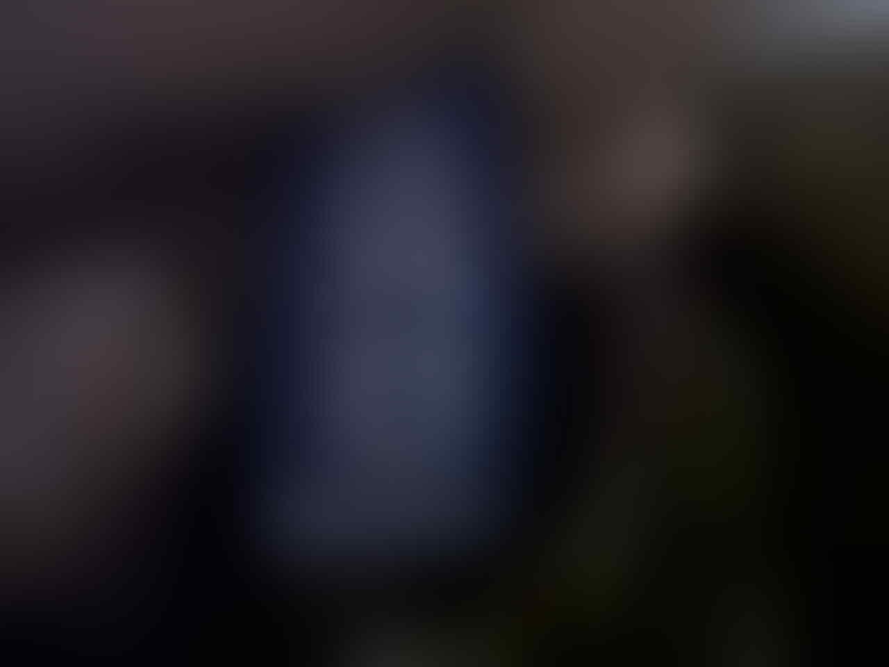 JUAL SANTAI JAKET H&M MERAH KEREN GANTENG GAN!!! SIZE ALL SIZE..